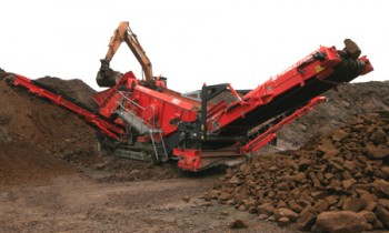 CroppedImage350210-Terex-Finlay-Screens-883+.jpg